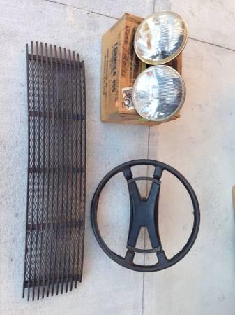 Porsche Parts – $1 (Elk Rapids)
