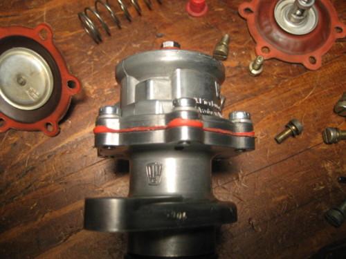 Porsche 912 fuel pump