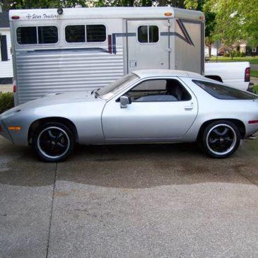 1978 Porsche 928 – $10000 (zeeland)