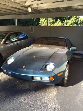 78 Porsche 928 *cork op interior – $4500 (Nashville)