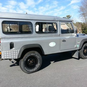 1989 Land Rover Defender 110 2.5 Turbo Diesel 5 speed Manual Station Wagon Clean
