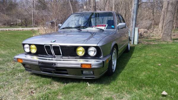 BMW '88 535is – $5000 (rochester hills)