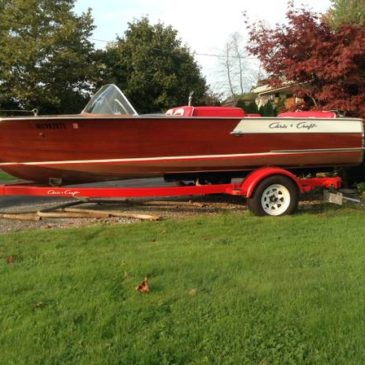 1960 Chris Craft Ski Boat – $10000 (St. Clair)