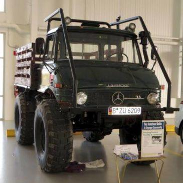 Unimog rock crawler mud truck – $18000 (Pinckney)