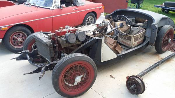1961 MG A ROADSTER – $9500 (HAMBURG)