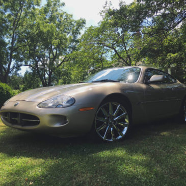 1998 Jaguar XK8 Coupe 4.0 Liter V8 Gold Chrome Rims Fully Loaded