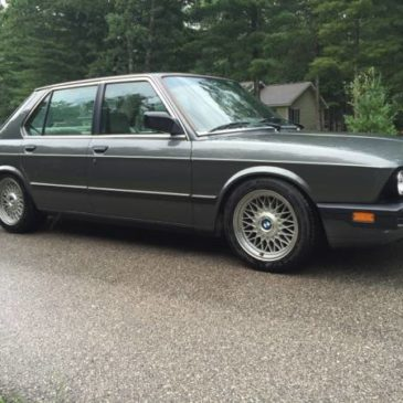 1986 BMW 535i E28 – $4000 (Interlochen)