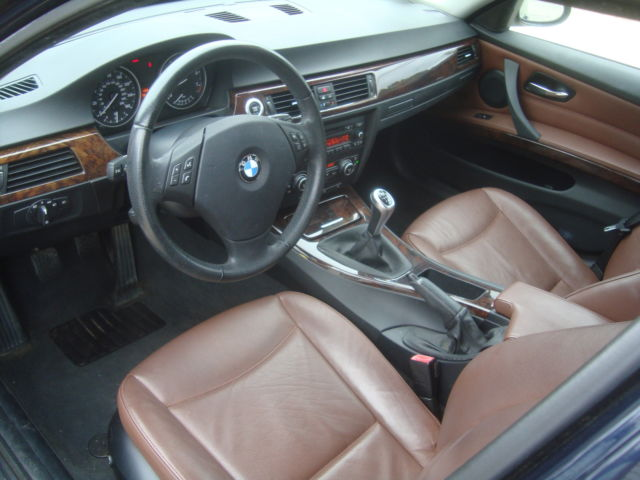 BMW Xi AWD Wagon Salvage Rebuildable Repairable Grooshs - 2008 bmw 325xi