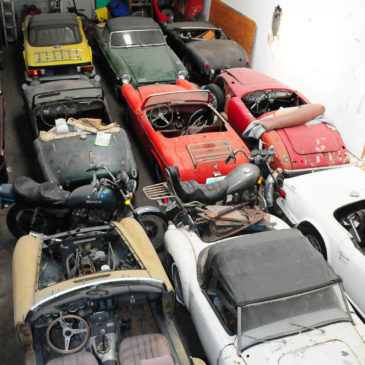 $250,000 BARN FRESH – 25 Cars 12 Bikes 1 Trailer PARTS & TOOLS